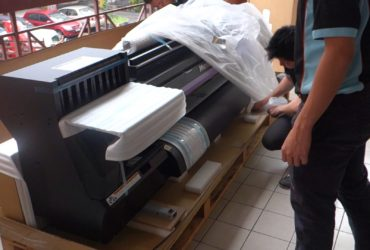 Mimaki CJV150-130 Wide Format Inkjet Printer/Cutter